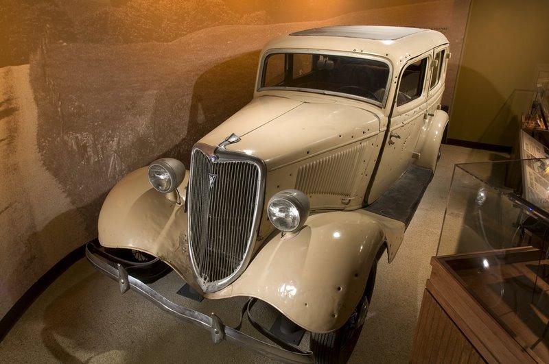 http://www.crimemuseum.org/museum-gallery/