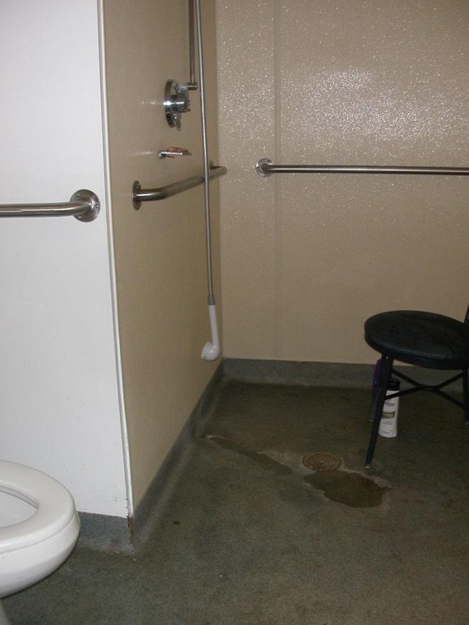 14bathroom
