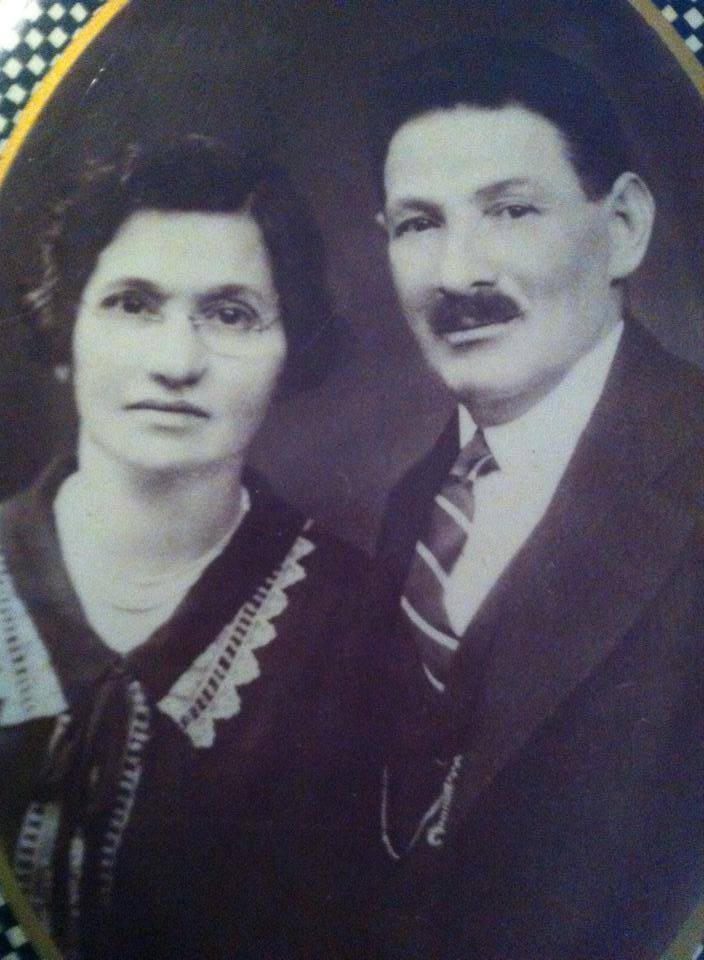 Zeyda is the Yiddish word for Grandfather. I will be called Zeda. Here is a photograph of my paternal grandfather and grandmother