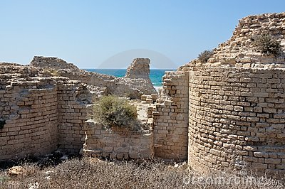 ancient-ruined-crusaders-fortress-near-ashdod-20992133